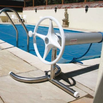 "Plastica Slidelock Telescopic Reel (Small) For Covers up to 4.3m (14' 1"")"